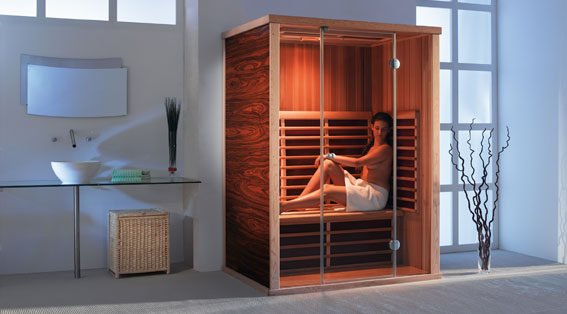 Lavenir de léquipement de la salle de bain; le sauna infrarouge.
